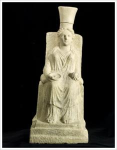 Statuetta di Hera Argiva, raffigurata con un melograno in mano.