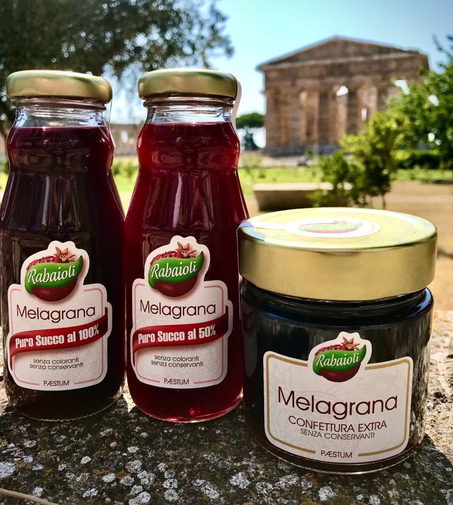 Le melagrane di Paestum utilizzate per realizzare i nostri prodotti: confetture di melagrana e succhi di frutta di melagrana.